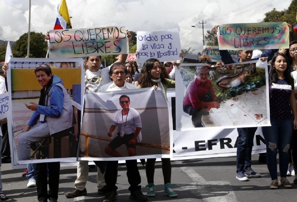 Confirman que los restos hallados pertenecen a los periodistas ecuatorianos