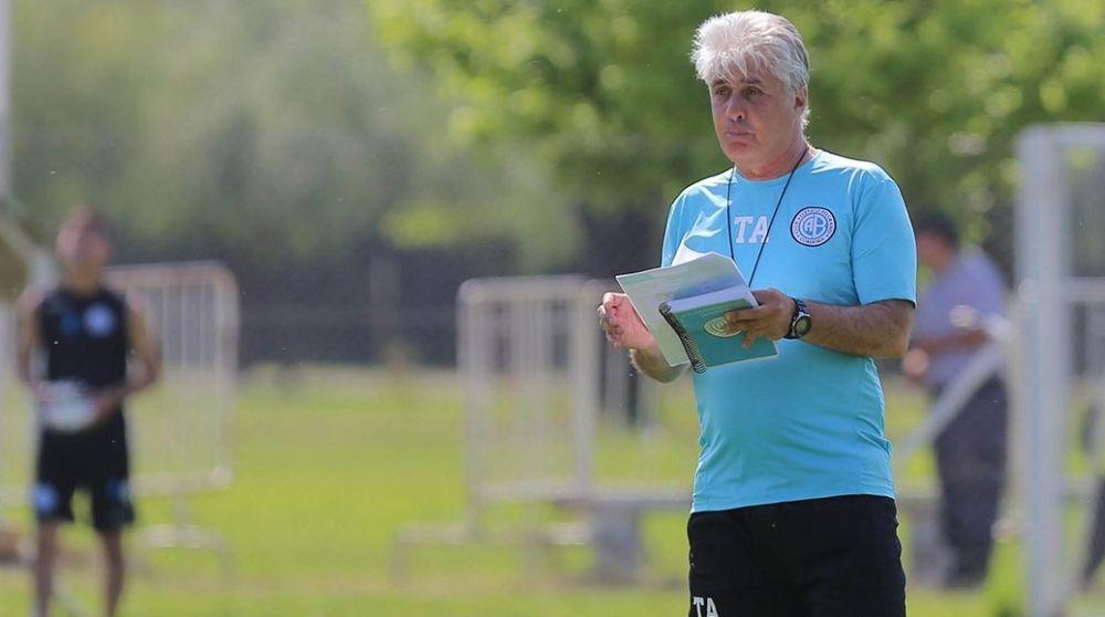 Constantín ya tiene un equipo en mente en Belgrano
