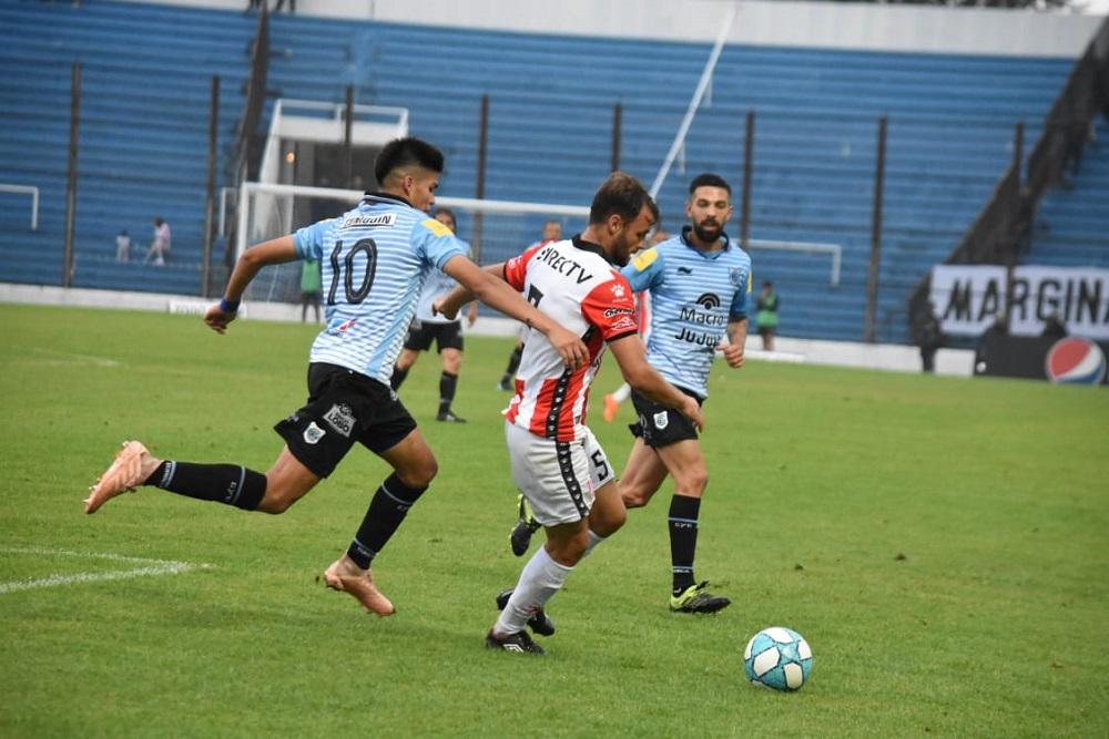 Instituto no despega y tuvo una derrota por 3 a 0 ante Gimnasia de Jujuy