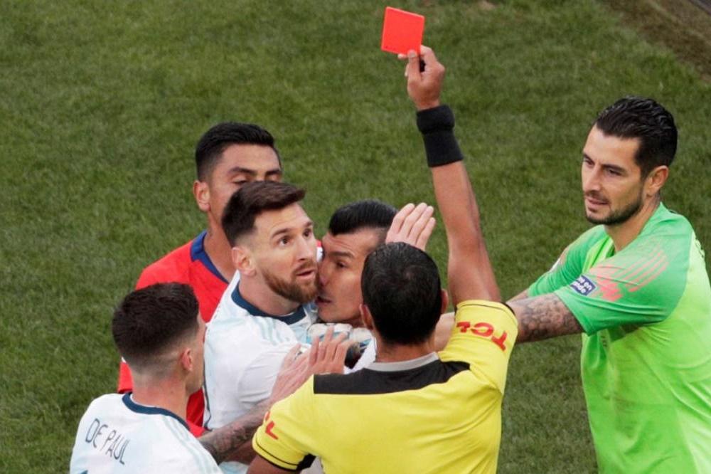 Una fecha de suspensión y 1.500 dólares de multa para Lionel Messi