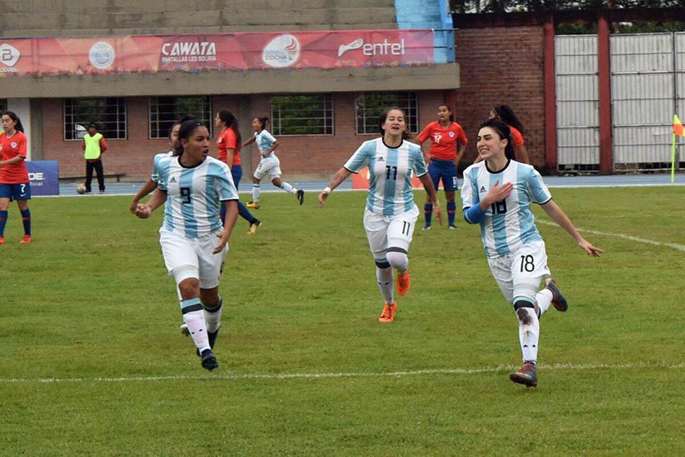 ¡Juega, juega, Juliana Berardo juega y cumple sueños de Selección!