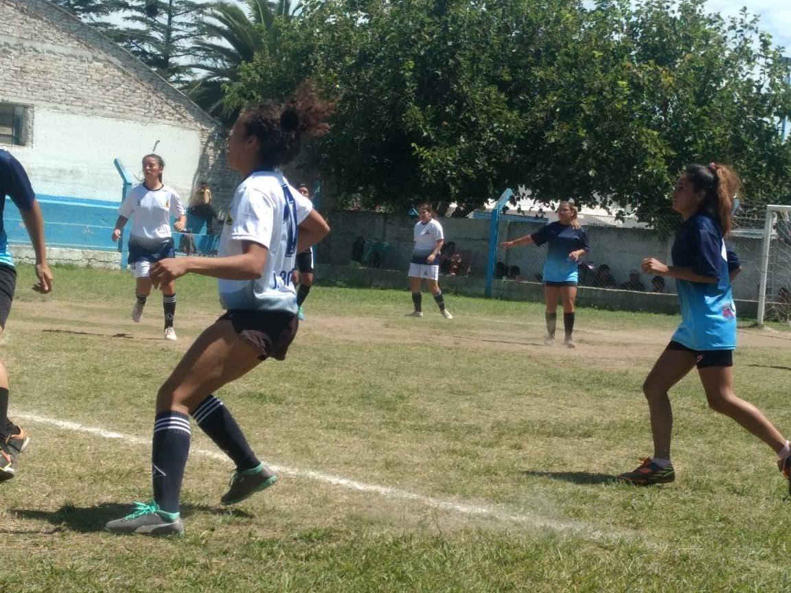 fútbol femenino Calamuchita