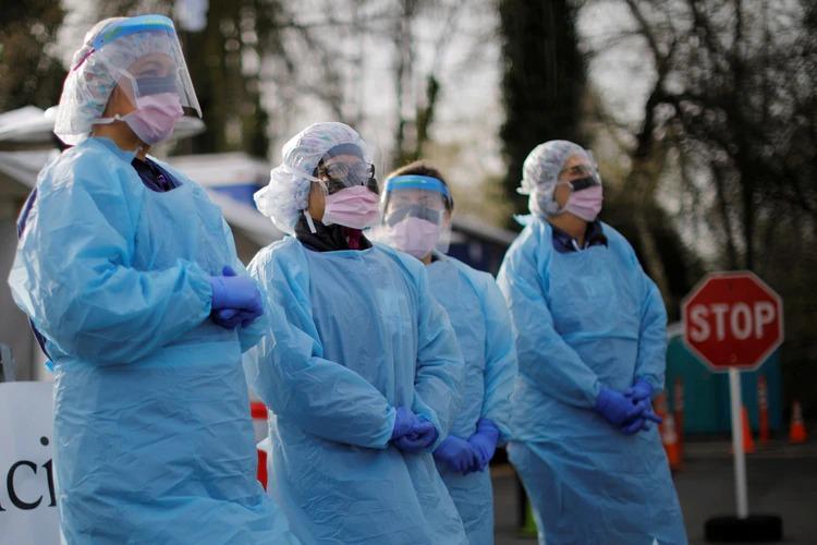 EE.UU. se convirtió en el tercer país con más muertes por coronavirus