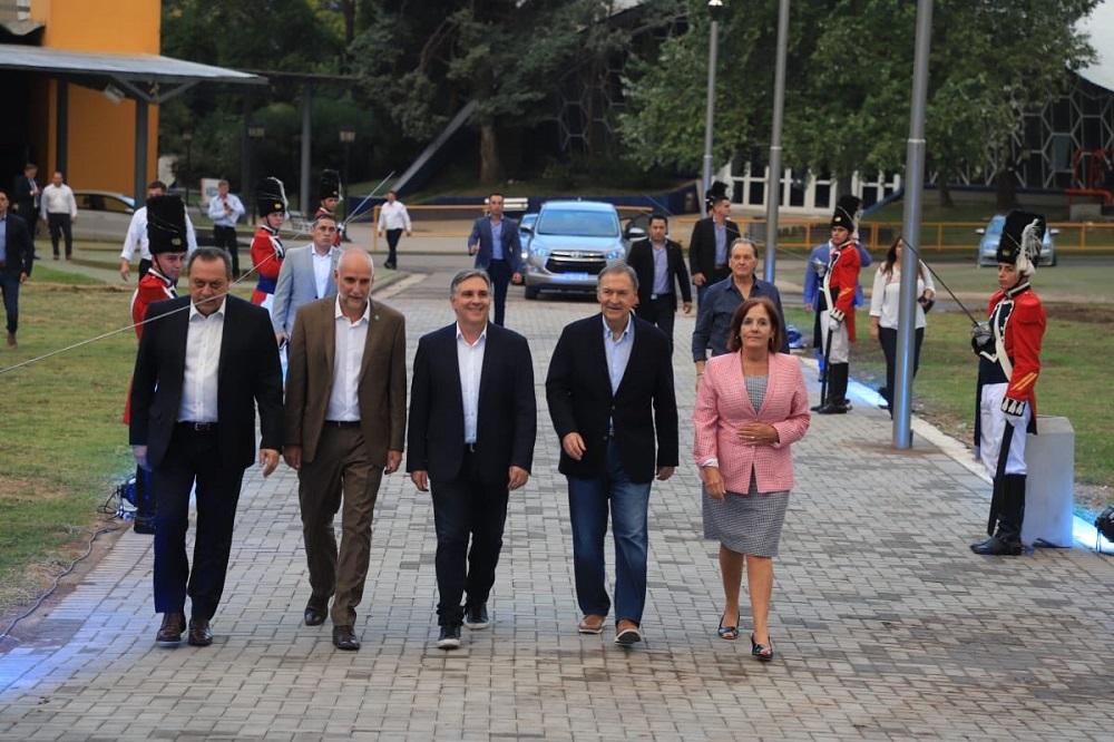 Schiaretti en el Centro de Convenciones by prensa Gobierno de Cba