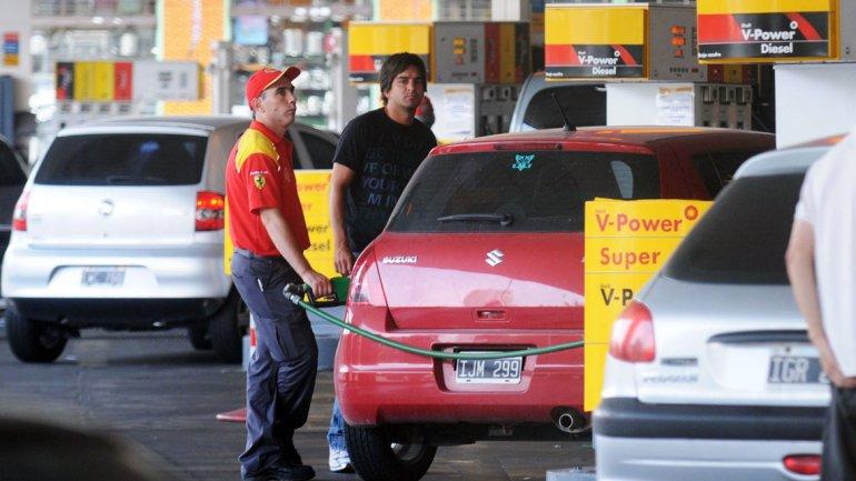 Shell e YPF aumentaron el precio del diésel hasta un 2,5% este martes