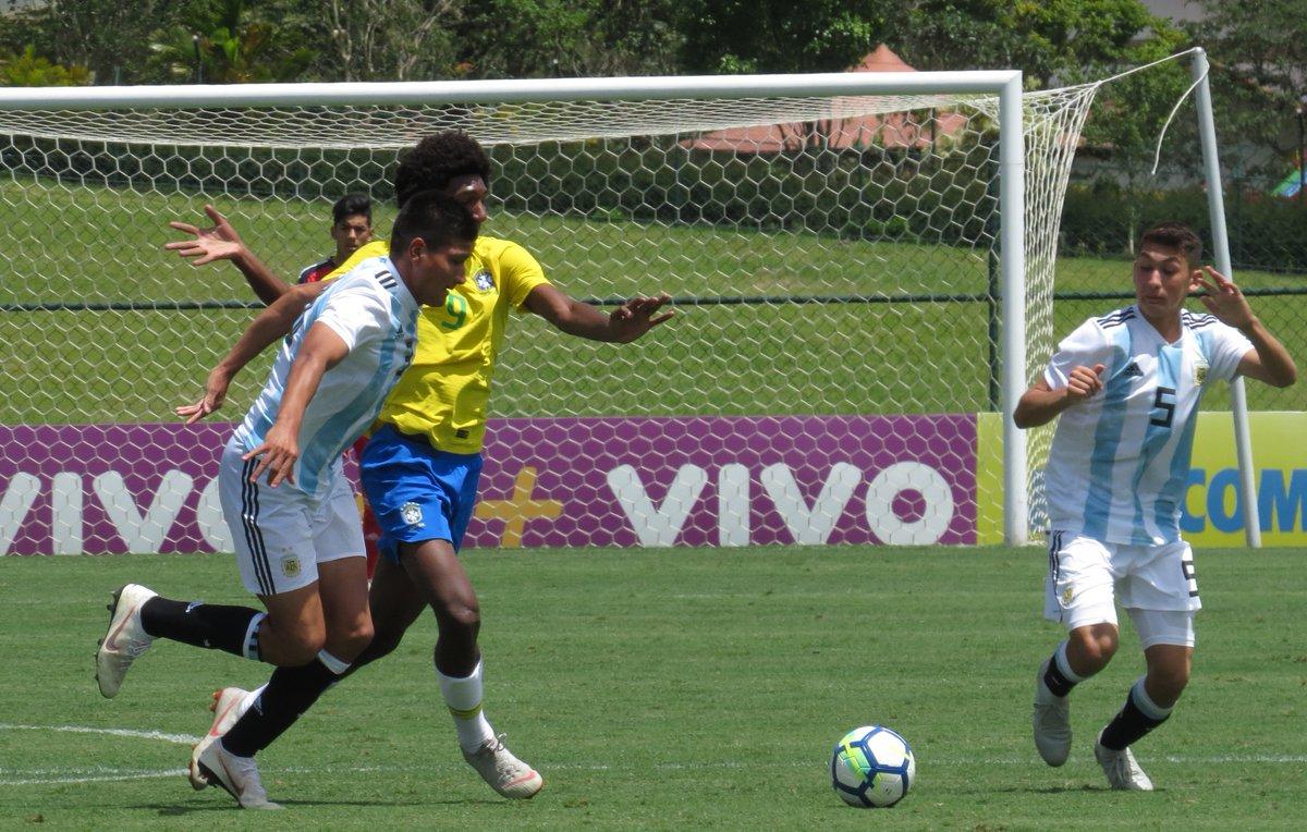 Con jugadores de Belgrano y Talleres la Selección Sub17 argentina le ganó a Brasil