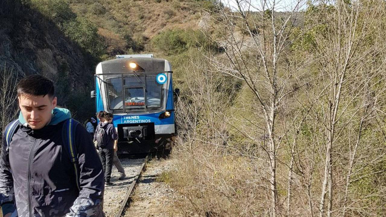 Descarriló nuevamente el Tren de las Sierras cerca de Santa María