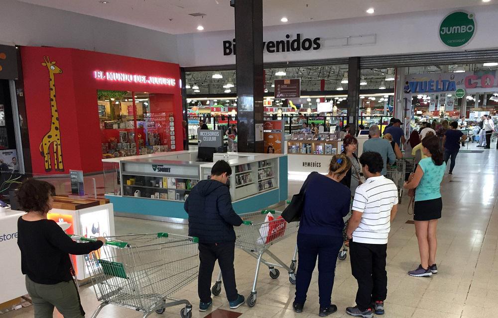 Las ventas en supermercados y shoppings se desplomaron en agosto