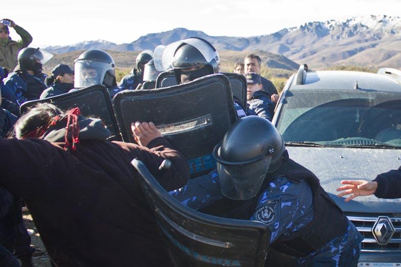 Resultado de imagen para gendarmeria mapuche