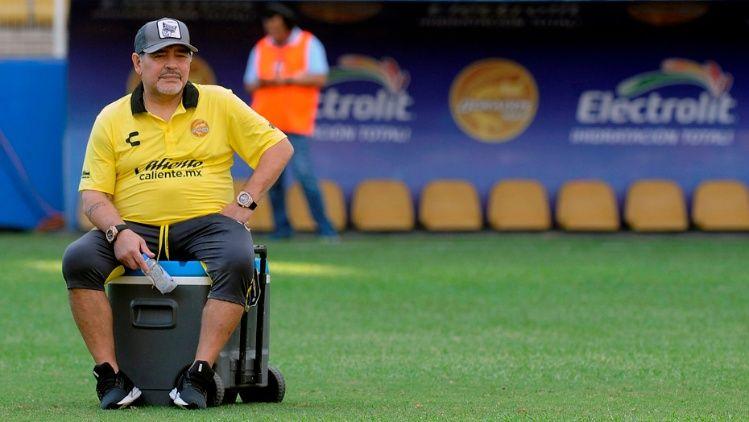 Maradona 12