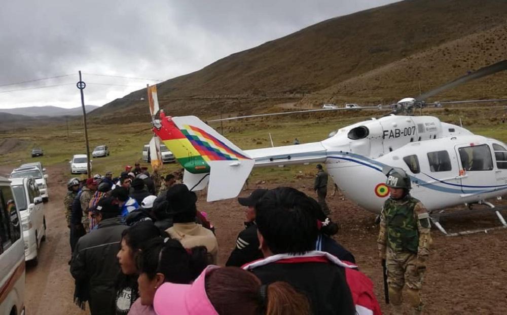 Bolivia: el helicóptero que trasladaba a Evo Morales aterrizó de emergencia