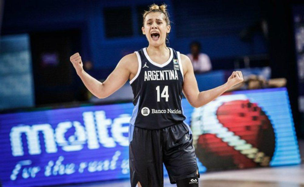 Florencia Chagas by basketball.argentina