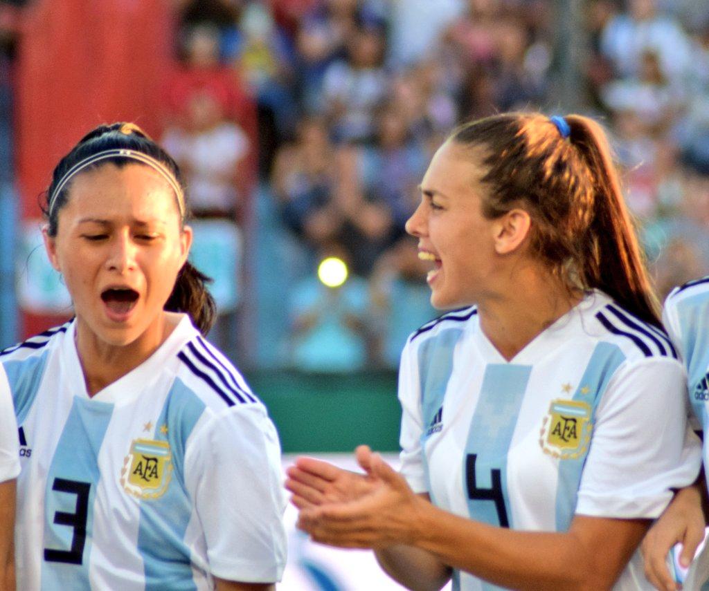 Fútbol femenino: Eliana Stabile, la del doblete con la Selección