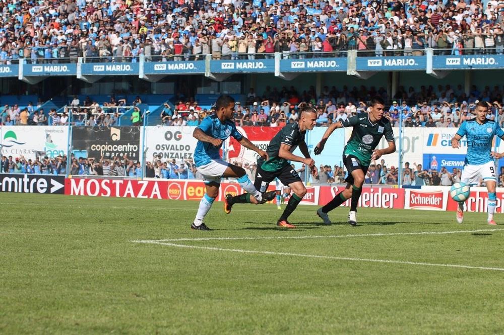 Belgrano, con poca lógica, empató al final contra Estudiantes en Río Cuarto
