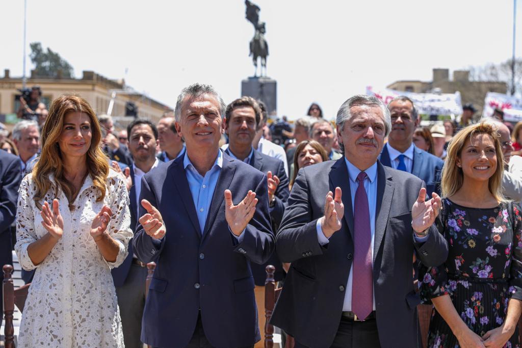 fernandez macri 2 Prensa Fernandez