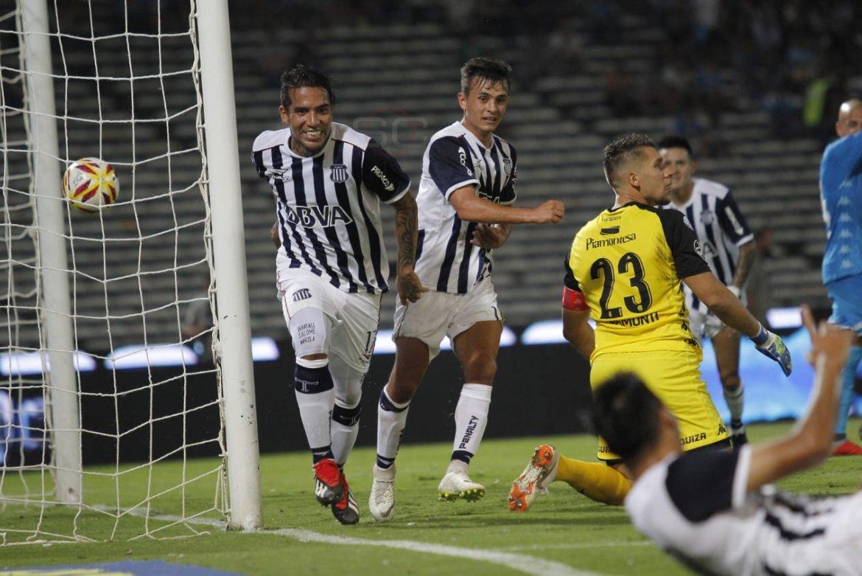 Dayro Moreno está cada vez más lejos de continuar en Talleres